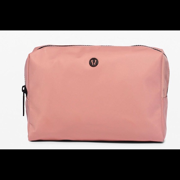 lululemon athletica Handbags - Lululemon 🍋 All Your Small things pouch-4L